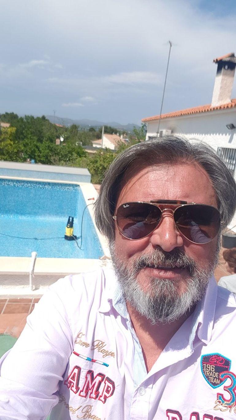 Toată lumea l-a dat dispărut pe Cornel Galeș! Văduvul Ilenei Ciuculete a dat lovitura și trăiește pe picior mare în Spania