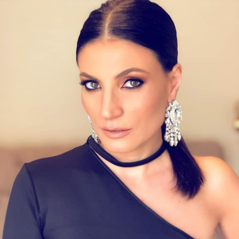 Ea e femeia pentru care Daniel Tudorică a divorţat de Ioana Ginghină! Mirela este profesor de actorie pentru copii! FOTO