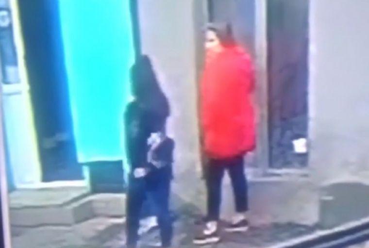 A fost găsită femeia îmbrăcată în roșu cu care s-a întâlnit Luiza Melencu