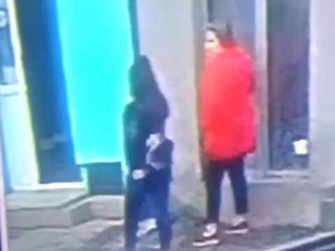 A fost găsită femeia îmbrăcată în roșu cu care s-a întâlnit Luiza Melencu înainte să fie răpită de Gheorghe Dincă