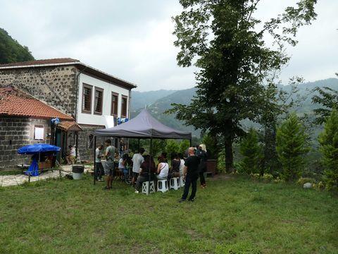 """Imagini în exclusivitate din Turcia, din casa unde se filmează  """"Lacrimi la Marea Neagră"""""""