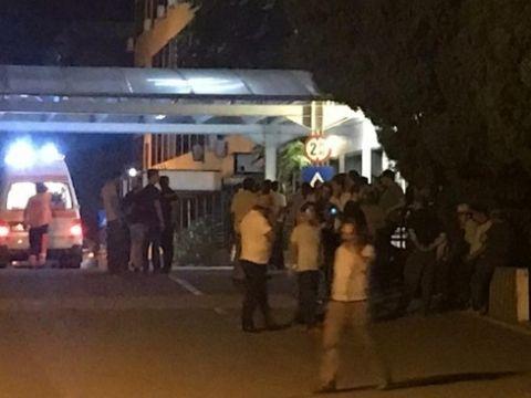 O altă tragedie de proporții în România. O fetiță de 5 ani a murit după ce un gard s-a prăbuşit peste ea