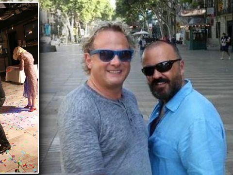 Leonard Miron a pipăit o femeie pe fund sub privirile iubitului său, spaniolul Miguel! Fostul prezentator a organizat o petrecere surpriză pentru partenerul său! FOTO