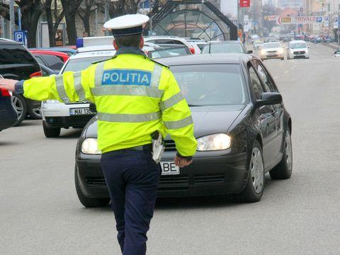 Decizie radicală pentru consilierul PSD Lucian Rădulescu, după ce i-a sfidat pe polițiștii de la rutieră cu legitimația de serviciu. Politicianul va plăti scump
