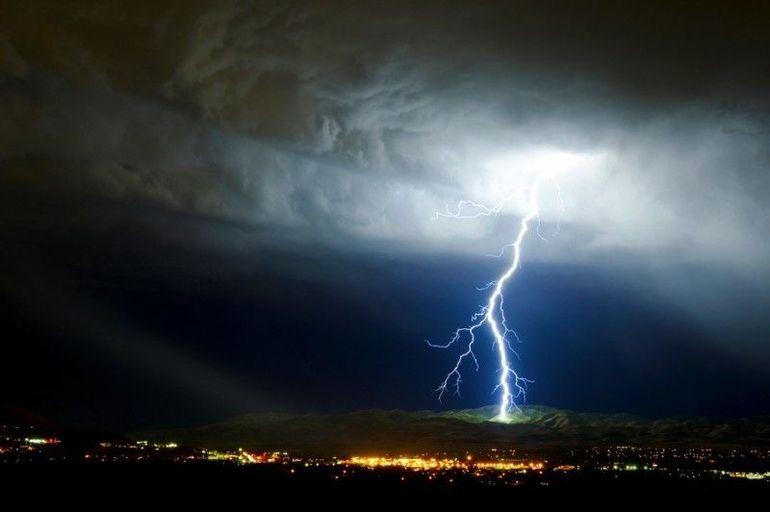 Meteo: România, lovită de un ciclon periculos weekendul acesta!