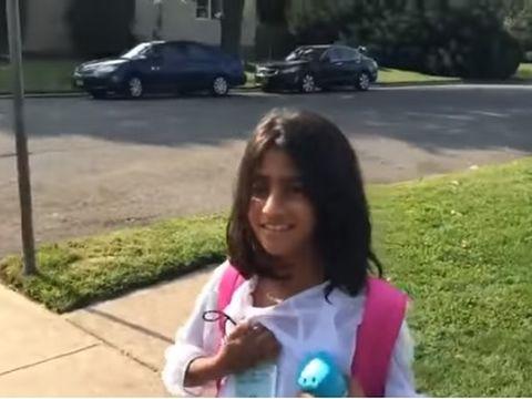 Prima zi de școală în America pentru Sorina. Ce a spus fetița  când a fost întrebată de familia din România
