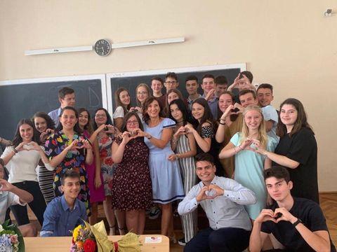 A fost prima zi de școală și pentru Carmen Iohannis! Ce a spus soția președintelui în fața elevilor