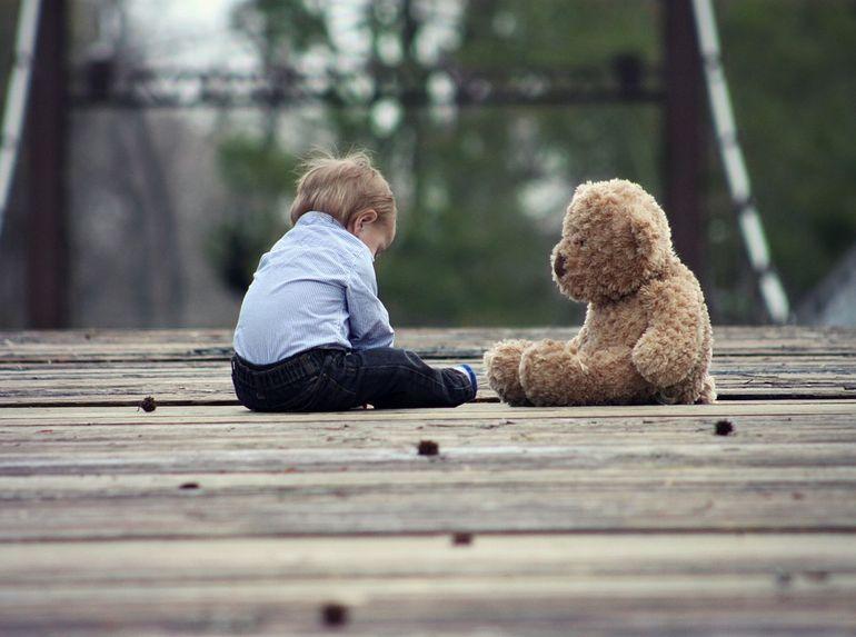 Interpretare vis copil. Ce înseamnă când visezi un copil mic, plângând sau mort