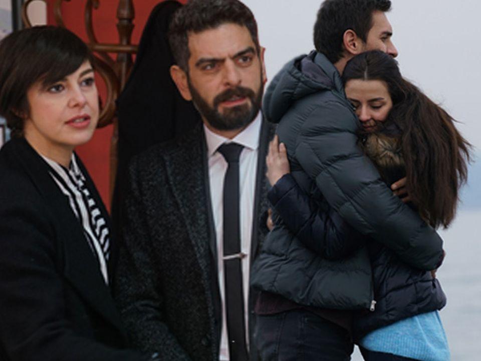 """Astăzi, în """"Lacrimi la Marea Neagră"""", otentativă de sinucidere pune pe jar familia Kaleli"""