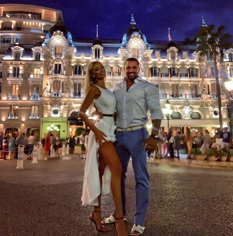 """Bianca Drăgușanu și Alex Bodi au stabilit data nunții: """"Amândoi ne-am dorit să nu se afle public"""""""