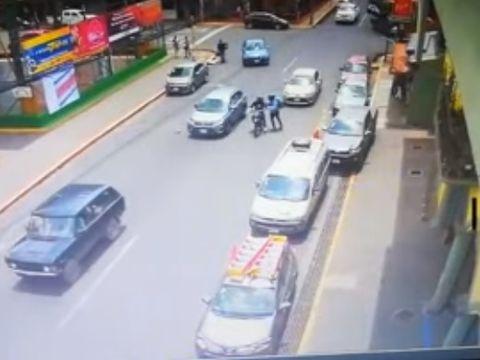 Imagini șocante! Român și iubita acestuia, asasinați în plină stradă!