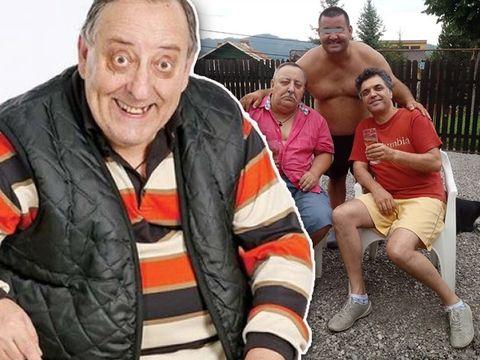 """""""Nea Popa"""" s-a pozat la șpriț cu amicii! Actorul Tudorel Filimon și-a lăsat mustață FOTO"""