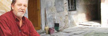 Dramă continuă pentru băiatul lui Sebastian Papaiani! Fiul de la Sibiu al actorului a fost executat silit pentru o sumă derizorie EXCLUSIV