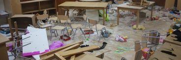 """Trei copii cu vârste cuprinse între 8 și 10 ani au vandalizat o școală! În doar câteva ore, au făcut totul praf: """"Am văzut şi într-un joc ceva asemănător, a fost distractiv"""""""