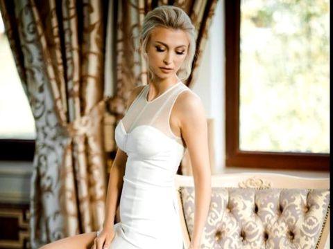 Andreea Bălan, nuntă și botez: avem primele imagini! Ce se întâmplă acum la evenimentul organizat de cântăreață   EXCLUSIV