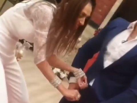 Imagini necenzurate cu Mariana și Baxter, în gala Puterea Dragostei! Concurenta i-a tras șlițul de față cu toți! VIDEO