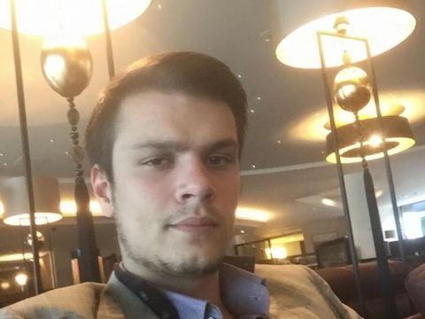 Mario Iorgulescu are un frate secret! Alexandru Antonio are 33 de ani și este rodul idilei dintre Gino Iorgulescu și o fostă balerină de la Teatrul Tănase FOTO EXCLUSIV