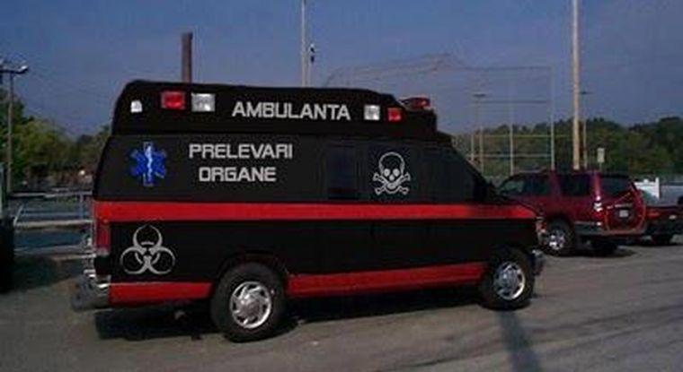 Legătura dintre diaspora și ambulanța neagră care fură copiii de pe străzi. Românii au intrat în panică