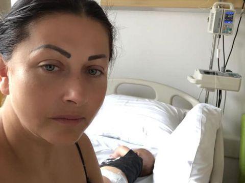 """Primele declarații făcute de Gabriela Cristea despre starea fiicei sale! Ieri a ajuns cu ea de urgență la spital: """"Le recomand mămicilor să nu stea pe gânduri"""""""