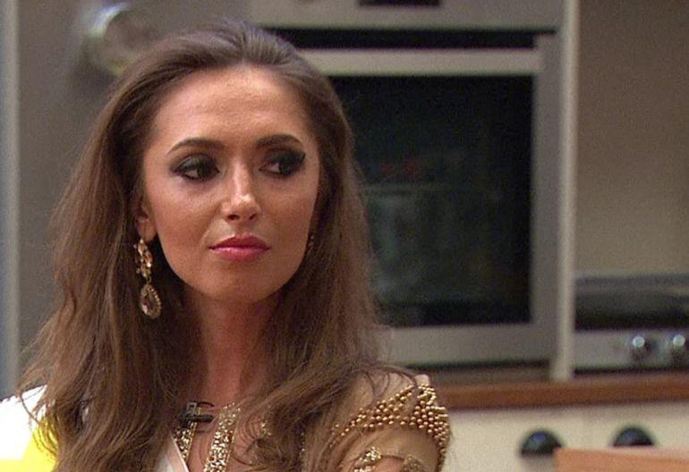 """ȘOC! Roxana o taxează dur pe Mariana de la Puterea dragostei ! Ce spune o fosta concurentă despre controversata femeie! """"Vorbește prea mult și fără rost"""""""