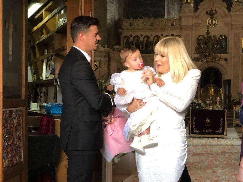 Am aflat de ce a lipsit mama lui Adrian Alexandrov de la botezul fiicei acestuia și a Elenei Udrea