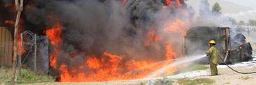 Incendiu la o fabrică! 19 oameni au murit