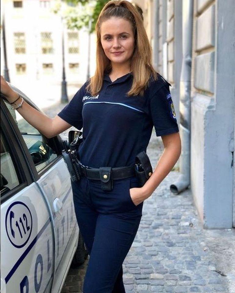 Poliţista care şi-a acuzat şeful de hărţuire sexuală e o adevărată bombă sexy! Lăcrămioara Reuţ are calităţi de fotomodel!
