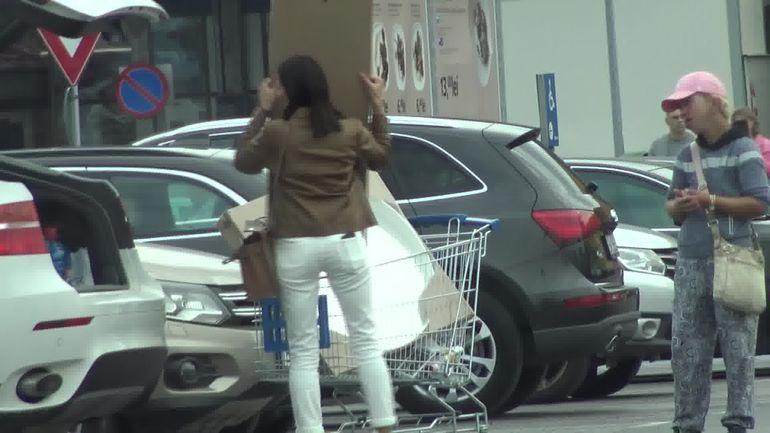 Ce face Claudia Pătrășcanu după despărțirea de Gabi Bădălău! E clar, nu mai e loc de împăcare   Video paparazzi