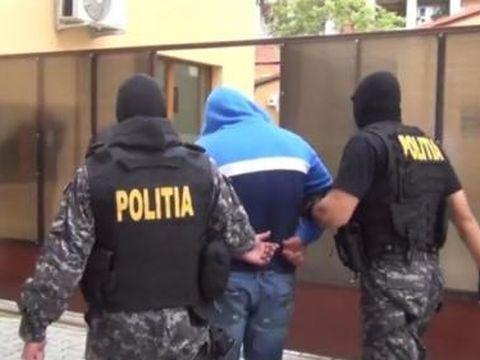 Noi cazuri de trafic de persoane ies la iveală: Un bărbat din Dolj și altul din Sibiu au fost arestați