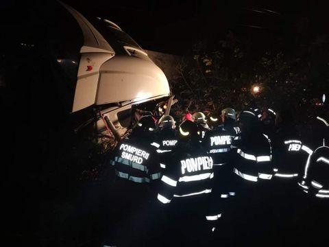 Victimele carnagiului din Ialomița ar fi trebuit să ajungă la muncă. Unde lucrau cele 16 persoane din microbuz