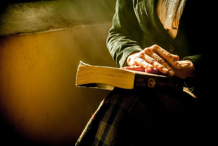 Rugăciunea de seară. Nu este bine să te culci fără să o rostești