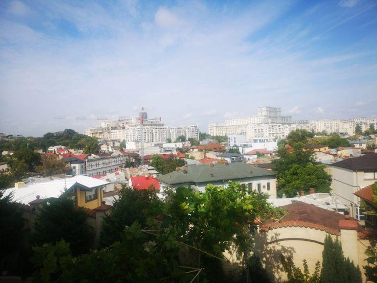 Cea mai de fiță petrecere din București costă 1.000 de euro
