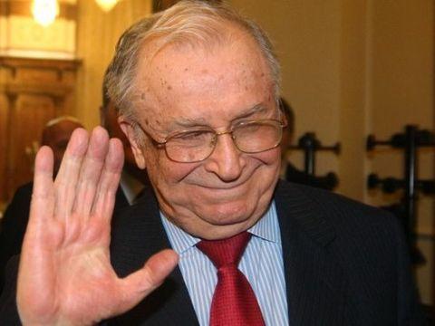 Ion Iliescu a fost externat! Ce au anunțat reprezentanții Spitalului Elias