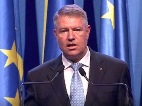 """Klaus Iohannis, mesaj dur în prima zi de campanie: """"Miza este foarte mare, o Românie fără PSD!"""""""