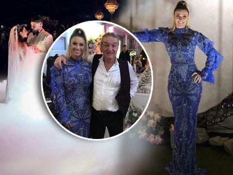 Cât a putut să coste rochia pe care Anamaria Prodan a purtat-o la nunta fiicei lui Gigi Becali! Impresara ar fi putut să își ia o garsonieră în Militari cu banii aceștia! EXCLUSIV!