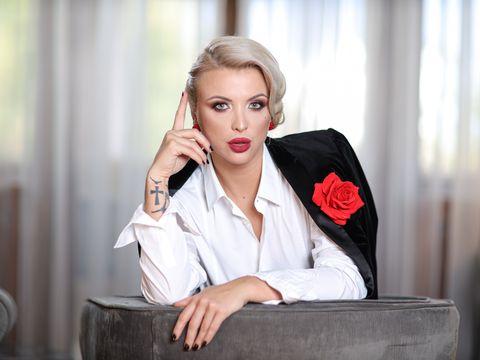 Sabina Lisievici,  Marilyn Monroe reloaded! Ea este actrita romanca a momentului! Face furori