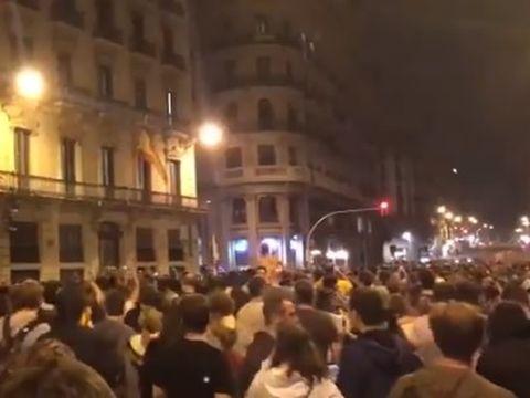 Tensiuni la Barcelona! Separatiștii au fost condamnați. Sunt proteste pe străzile catalane
