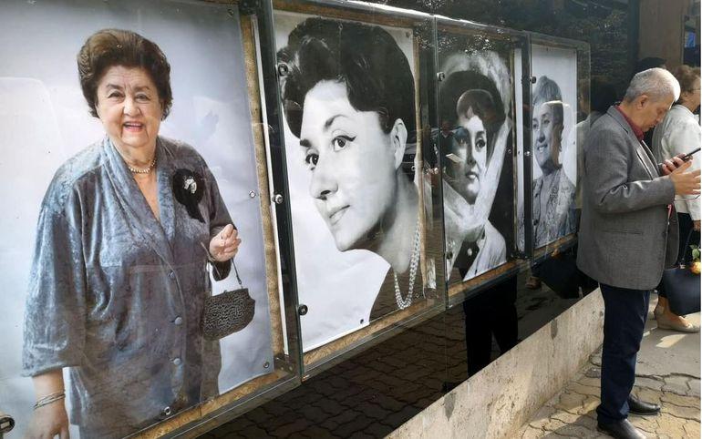Omagiu pentru Tamara Buciuceanu. Cine sunt primii oameni care și-au făcut apariția la Teatrul Bulandra.