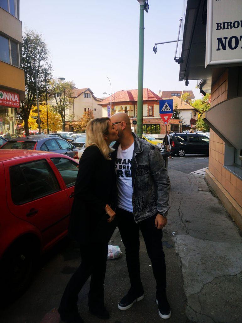 Cum a fost la divorțul lui Mihai Mitoșeru de Noemi! Ce au negociat, cei doi, în fața notarului! Avem toate detaliile EXCLUSIV