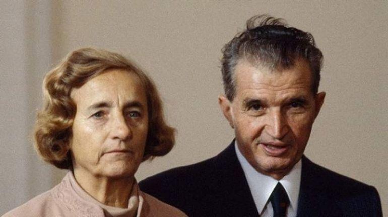 Detaliul șocant de la deshumarea soților Ceaușescu. Medicii legiști au rămas înlemniți când au văzut ce avea Elena Ceaușescu în gură