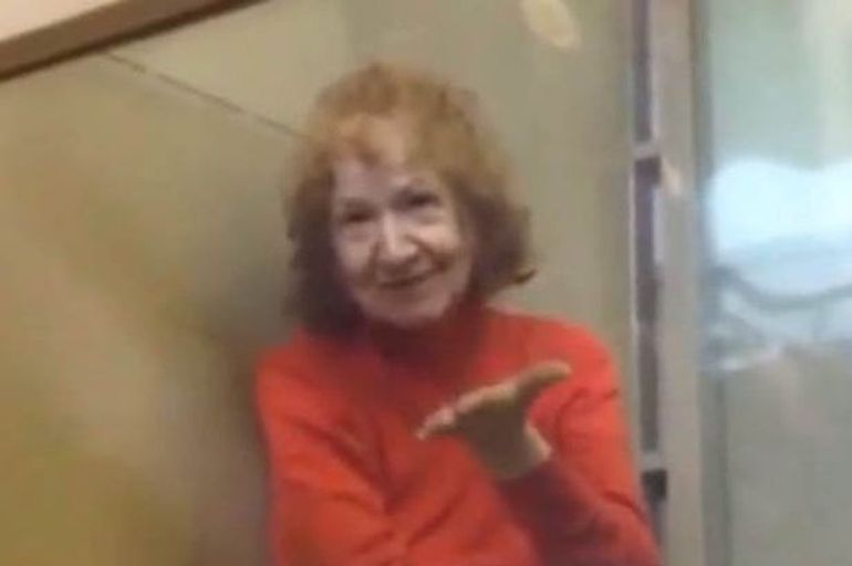 """Bunicuța Tamara are 68 de ani și a ucis și tranșat 14 persoane, printre care și propriul soț! Din jurnalul ei au aflat detalii înfiorătoare despre victime: """"I-am pus trupul în pungi de plastic pe care le-am aruncat"""""""