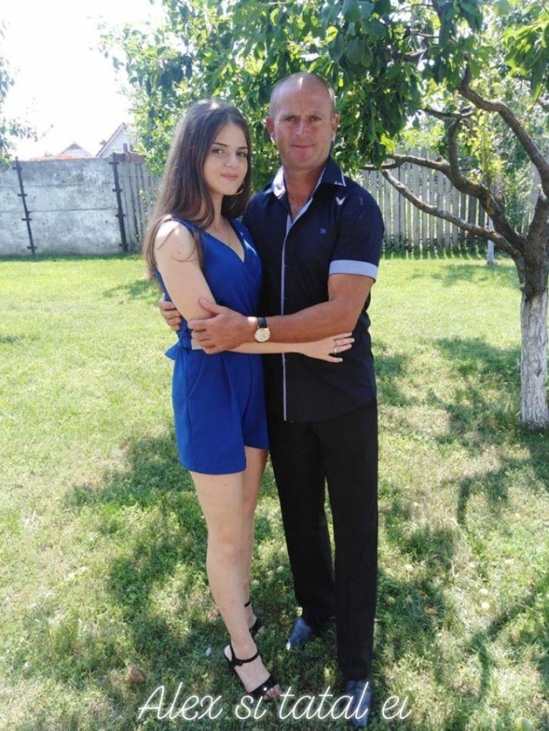 Dramele neștiute ale familiei Măceșanu! Tatăl Alexandrei și-a pierdut mama vara trecută, după ce femeia a fost mușcată de o insectă pe câmp EXCLUSIV