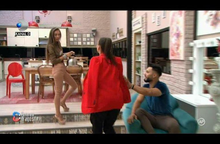 """Andra Volos și Mariana de la Puterea Dragostei, la un pas de bătaie! """"Muriți de ciudă, crăpați!"""""""