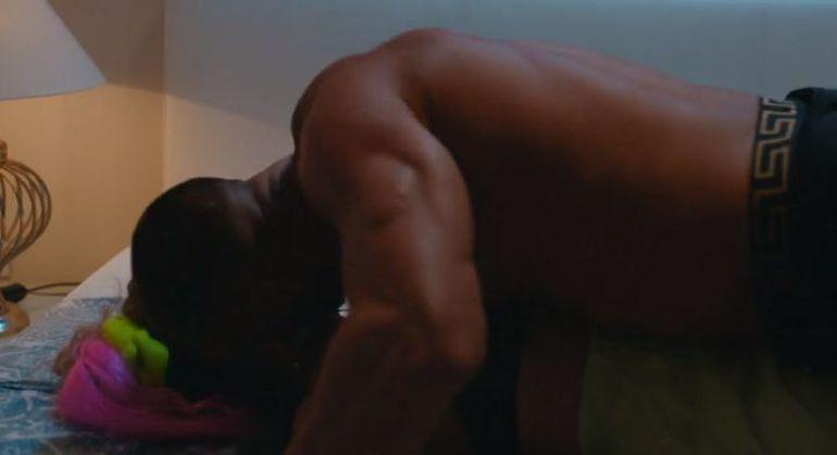 """Dorian Popa, filmat în timpul unei partide de amor: """"Îți place așa?!"""""""