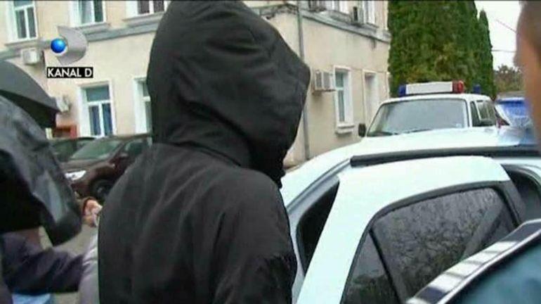 Un tânăr și iubita lui au fost confundați cu traficanții de droguri! Polițiștii au tras mai multe focuri de armă spre ei