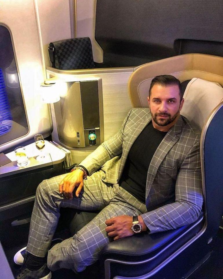 """Alex Bodi este în război cu cei care îl invidiază că e bogat: """"Trăim într-o lume plină de scârbe care se bucură atunci când îţi merge rău şi te înjură atunci când ţi-e bine"""""""