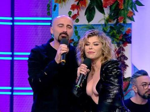 """Loredana Groza, cu sânii pe afară la un show matinal! A dansat lasciv în poala lui Călin Goia, iar fanii au fost oripilați: """"Se ține de ideea de tinerețe ca de un colac de salvare spart."""""""