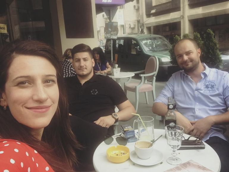 Fiica lui Gabriel Oprea a dat faliment cu localul din centrul Bucureştiului! Vezi ce petreceri dădea Ana Maria în bistrou!