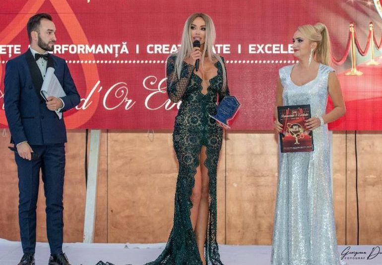 Ce a spus Bianca Drăgușanu pe scenă după scandalul cu Alex Bodi! Toată lumea a rămas uimită