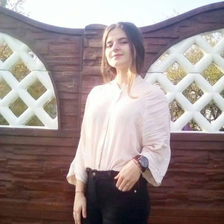 """Mesaj incredibil primit de Alexandra Măceșanu din partea familiei: """"Dacă Luiza este cu tine spune-i și ei """"la mulți ani""""!"""""""